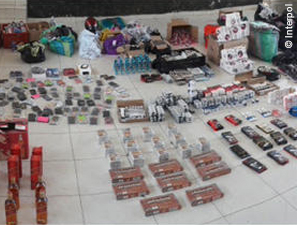 Knapp 10.000 Tonnen gefälschter Lebensmittel in neuer Interpol-Aktion Opson VI konfisziert